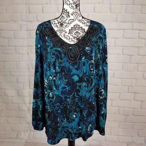 Avenue size 18/20 floral print stretch knit top